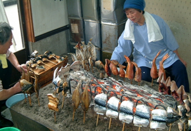 Skewered broiled fresh fish